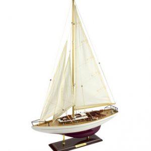 cruising-yacht