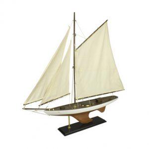 pond-yacht